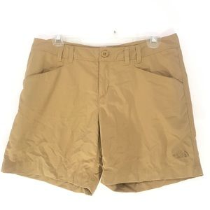 North face outdoor shorts size 8 tan khaki
